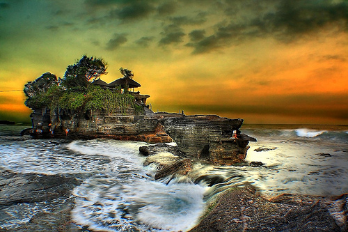 Evening in Pura Tanah Lot Temple